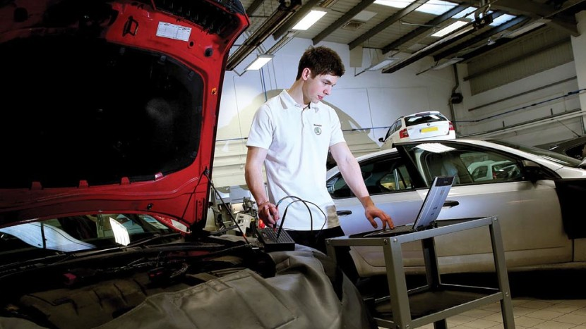 reparaţii auto