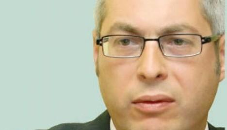 Modalităţi de contestare a executării silite într-un contract de leasing financiar