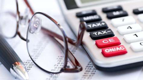 Numărul de taxe pentru companii se reduce la 40