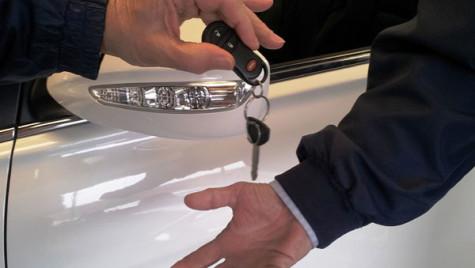 Afacerile din comerţul auto-moto, într-o revigorare uşoară