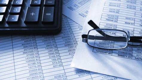 Pentru companii, scad costurile finanţărilor de la entităţi nebancare