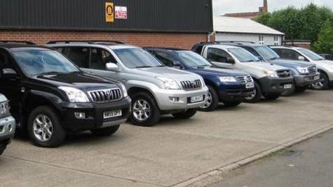 Transporturile pregătesc o licitaţie pentru închirierea a 15 maşini de teren