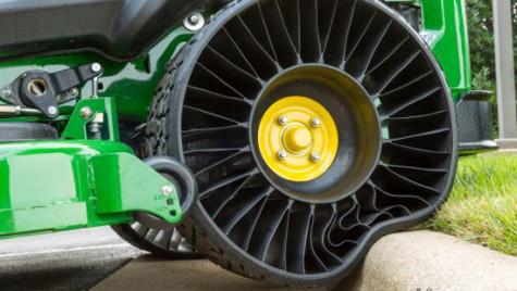 Michelin va începe fabricarea primelor anvelope fără aer