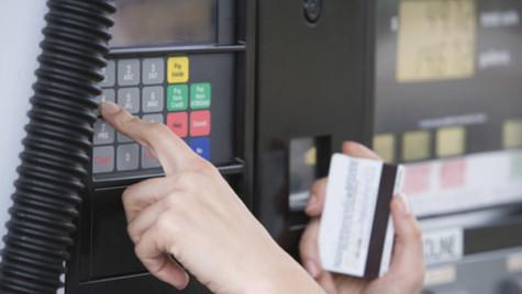 Arval: Cardul de combustibil aduce 3 avantaje pentru managementul flotei