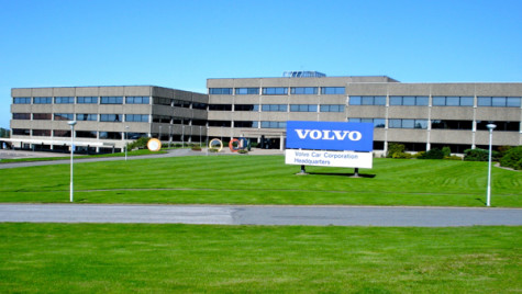 Volvo: mai puţine saloane, mai multe vânzări online