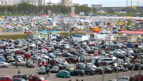 Afacerile din comerţul auto-moto au crescut cu 5% în primele 2 luni