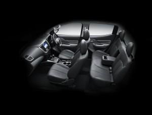 Mitsubishi L200 - Geneva 2015 - floteauto 7