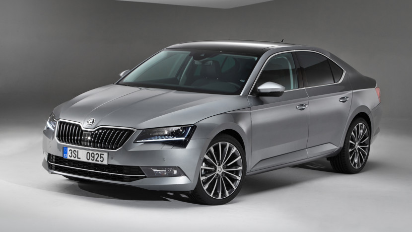 Skoda Superb 2015 - floteauto 1