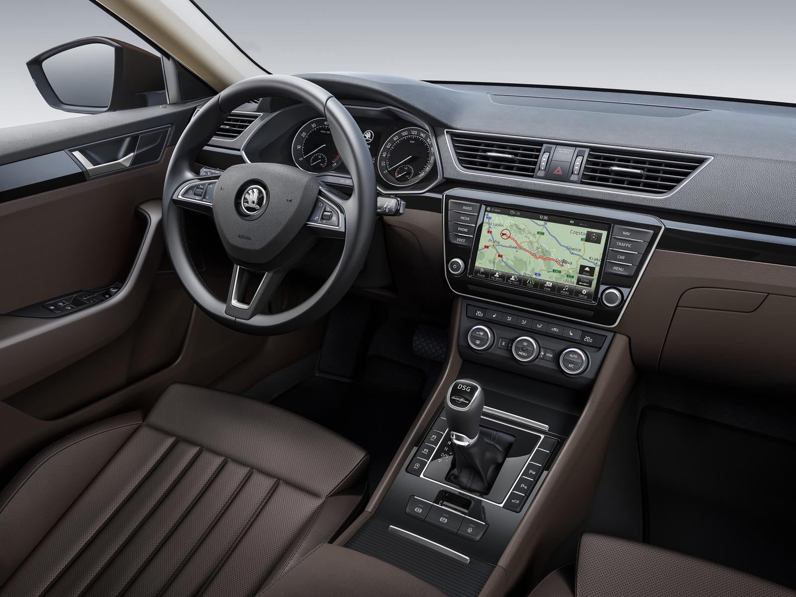 Skoda Superb 2015 - floteauto 10