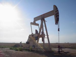 scaderea-pretului-petrolului-cresterea-datoriilor-companiilor-energie-floteauto