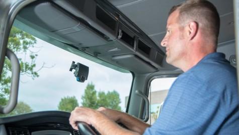 Transportatorii vor reguli pentru examinarea conducătorilor auto din afara UE