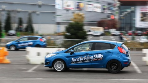 "Ford investește 2,6 milioane de euro în programul ""Ford Driving Skills for Life"""