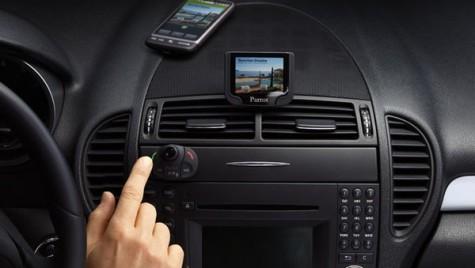 Sisteme hands-free complete dedicate pentru apeluri și muzică în mașină