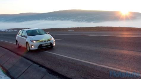 Test de consum: Toyota Auris Hybrid, pentru drumuri lungi și economice