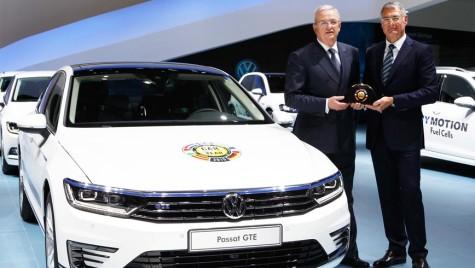 """Noul Volkswagen Passat a primit premiul """"Mașina Anului 2015"""" în Europa"""