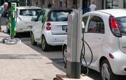Estimări: Peste 6 ani, maşinile electrice vor fi mai ieftine decât cele cu motor termic