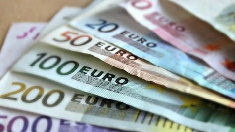 Parteneriat pentru acordarea de garanţii bancare destinate finanţării comerţului. Află care sunt beneficiarii