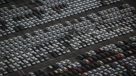 Ministerul Turismului îşi completează flota cu 25 de autoturisme