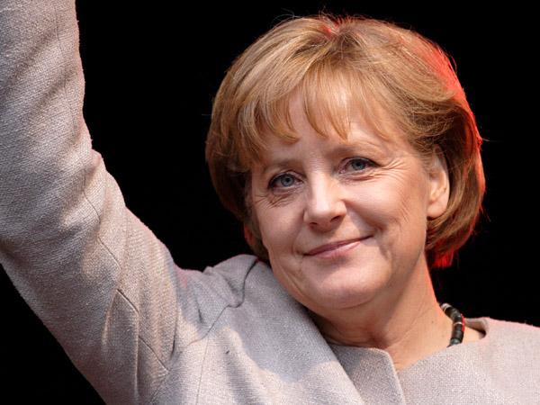 angela-merkel-industria-auto-germana-ar-trebui-sa-le-ofere-imigrantilor-o-sansa-floteauto