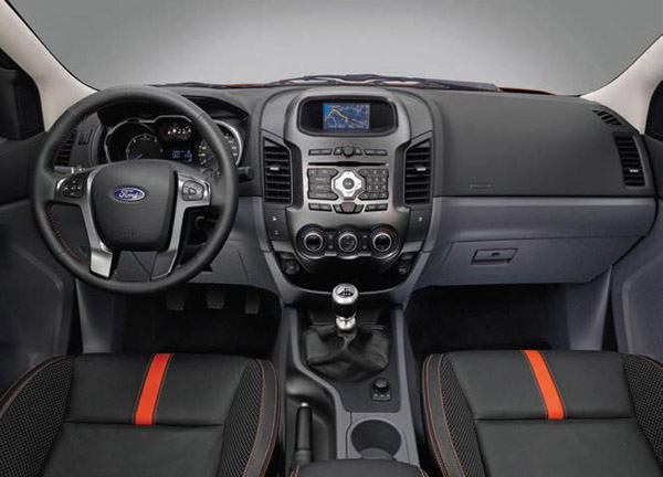 ford-comerciale-floteauto
