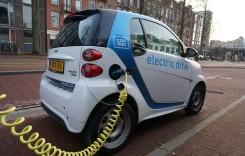 Poliţele RCA şi Casco pentru vehicule electrice şi hibrid