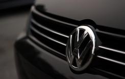 Scandalul Volkswagen se extinde şi la motoarele pe benzină. 98.000 de automobile sunt afectate