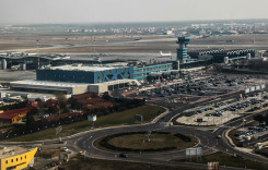 Peste 2.000 de taxiuri, autorizate să preia pasageri de la Aeroportul Henri Coandă