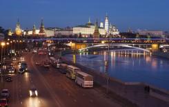 PwC: Piaţa auto din Rusia ar putea scădea cu 14% în 2016