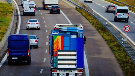 Emisiile camioanelor vor fi monitorizate şi raportate