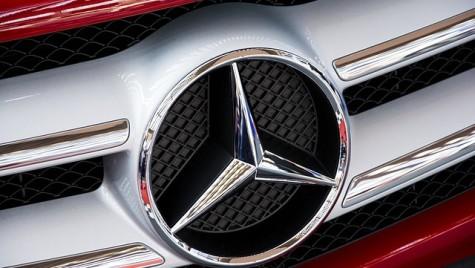 Mercedes-Benz urcă pe locul doi în topul producătorilor de automobile de lux