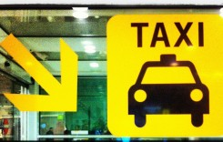 Razie printre taximetrişti