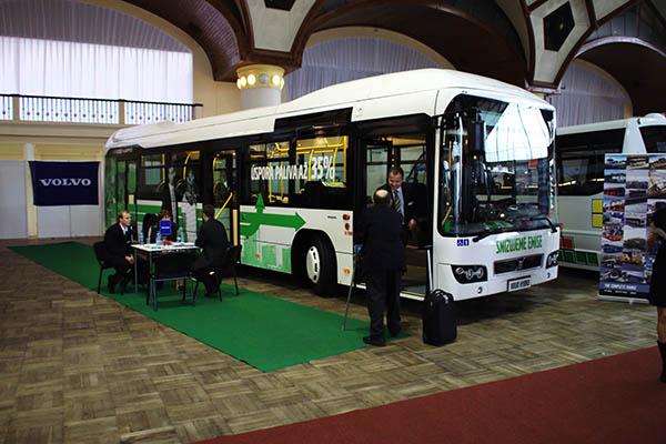 Volvo bus hibrid site
