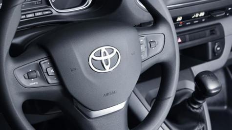 Top 10 cei mai valoroși producători auto