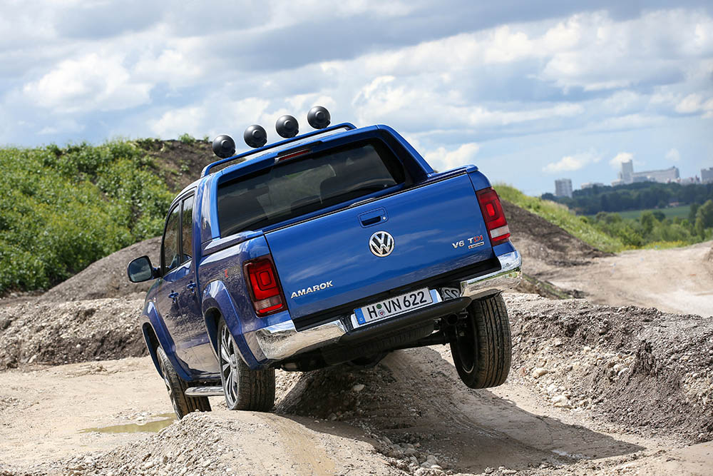 VW Amarok03