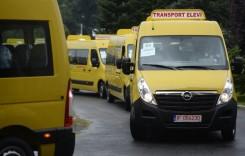 Şcolile cer peste 2.000 de mijloace de transport pentru elevi