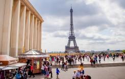 Creşte costul excursiilor la Paris din 2017. Ce vor păţi operatorii de autocare