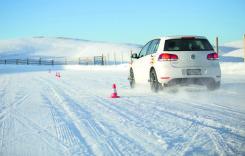 Test comparativ anvelope: vară, iarnă sau…CrossClimate?