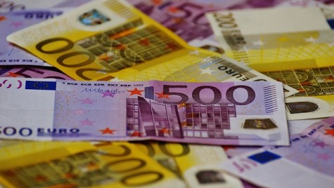 Euro încheie 2016 la maximul ultimilor doi ani