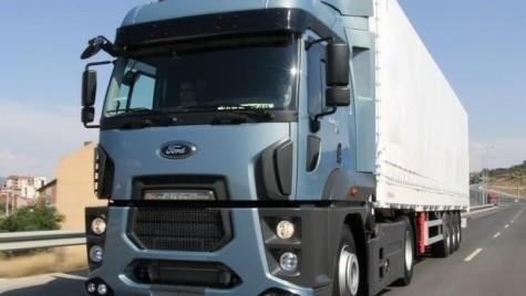 Ford Trucks livrează 16 autotractoare către Vlase Internațional