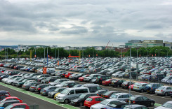 Eliminarea timbrului de mediu a accelerat afacerile din comerţul auto