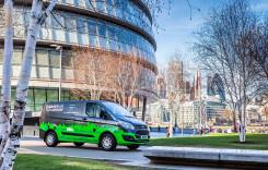 Utilitarele hibride de la Ford, testate pe viu la Londra