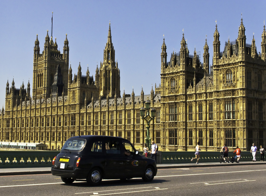 cab-london-westminster-pallace