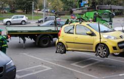 Maşinile parcate neregulamentar vor putea fi din nou ridicate