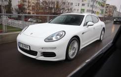 Celălalt fel de Porsche. Test Porsche Panamera 2014