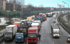 Rusia majorează taxa de drum pentru camioane