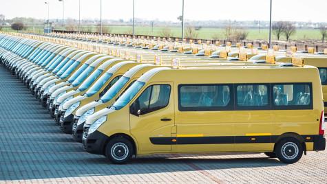 Microbuze pentru elevii din Moldova