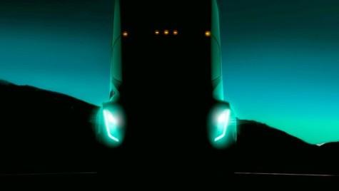 Primul camion Tesla va fi lansat în septembrie