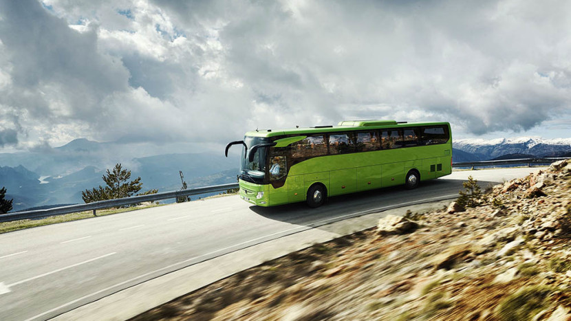 NoulMercedes-Benz Tourismo RHD
