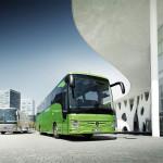 Noul Tourismo RHD are dimensiunile: L/l/h: 13935/2550/3680 mm, nr locuri: 57+1+1