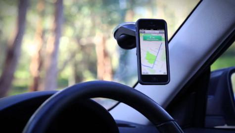 Noul sistem de operare al Apple poate bloca accesul la telefoane al şoferilor care conduc